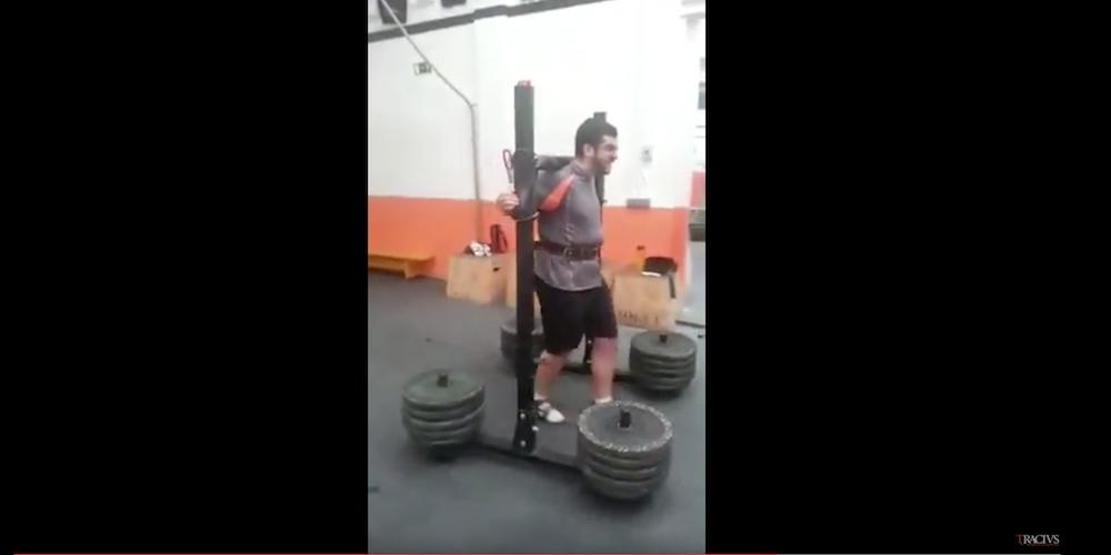 Jose Yugo 300kg.